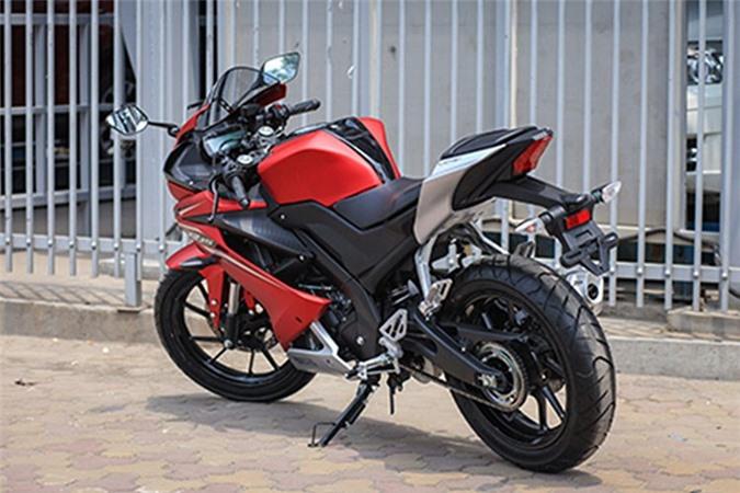 Moto Yamaha R15 gia chi 99 trieu dong tai Viet Nam-Hinh-9