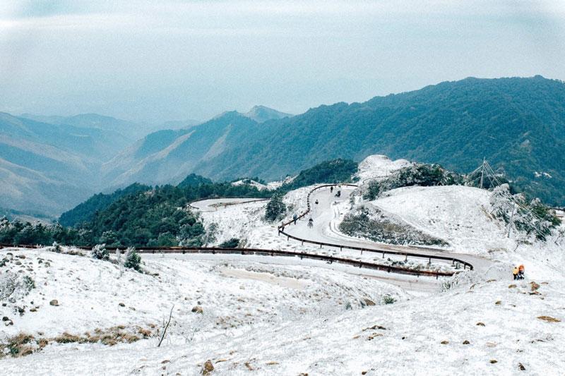 Nơi đây nằm cách thành phố Lạng Sơn 30 km về phía Đông, giáp với biên giới Việt-Trung. Ảnh: Bích Ngọc.