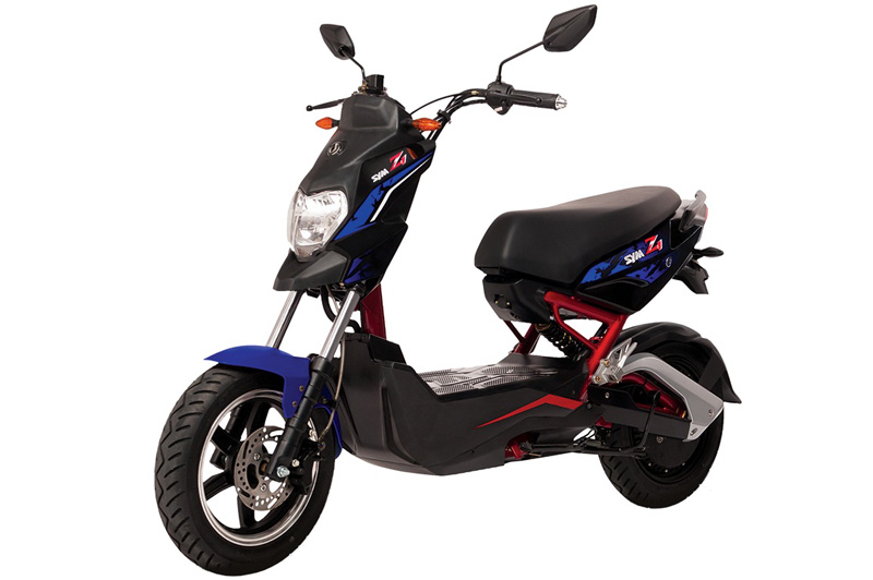 SYM Z1 - xe máy điện cho giới trẻ năng động. SYM Z1 là mẫu xe máy điện vừa được bán ra tại thị trường Việt Nam với giá 13,49 triệu đồng. Z1 sở hữu thiết kế trẻ trung, năng động. Mỗi lần sạc, nó di chuyển được quãng đường 80-100 km. (CHI TIẾT)