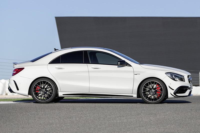 Top 10 xe hơi 4 xi lanh mạnh nhất trên thị trường. Trang AB vừa liệt kê ra danh sách 10 xe hơi 4 xi lanh mạnh nhất trên thị trường thế giới năm 2017. Dẫn đầu là Mercedes-AMG CLA45 4Matic 2017 với công suất tối đa 375 mã lực. (CHI TIẾT)