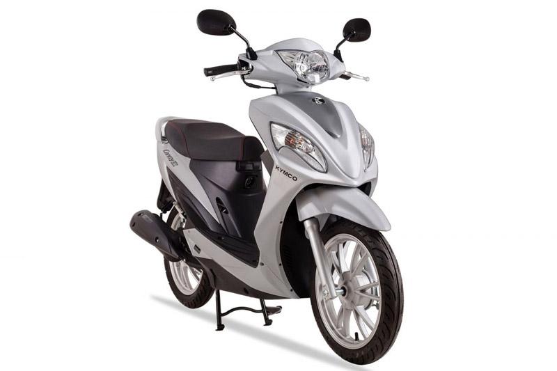 Chi tiết xe ga hơn 23 triệu tại Việt Nam. Tại thị trường Việt Nam, Kymco Candy Hi 50 có giá bán 23,1 triệu đồng. Mẫu xe tay ga 50cc này là sản phẩm hướng tới khách hàng nữ trẻ tuổi. (CHI TIẾT)