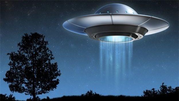 """Bi an nhung lan linh My """"cham tran"""" UFO trong CTVN-Hinh-10"""