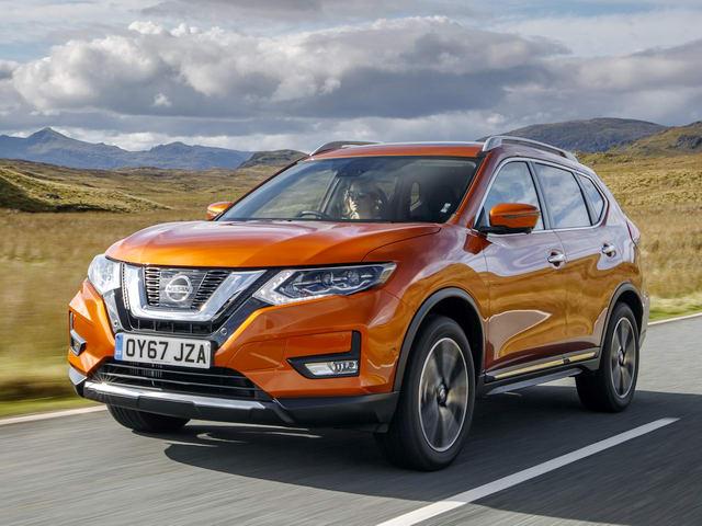 Nissan X-Trail 2018 có giá từ 717 triệu đồng. Bản nâng cấp facelift của mẫu crossover SUV ăn khách mang đến diện mạo tươi mới và nhiều công nghệ hỗ trợ hữu ích cho người lái. (CHI TIẾT)