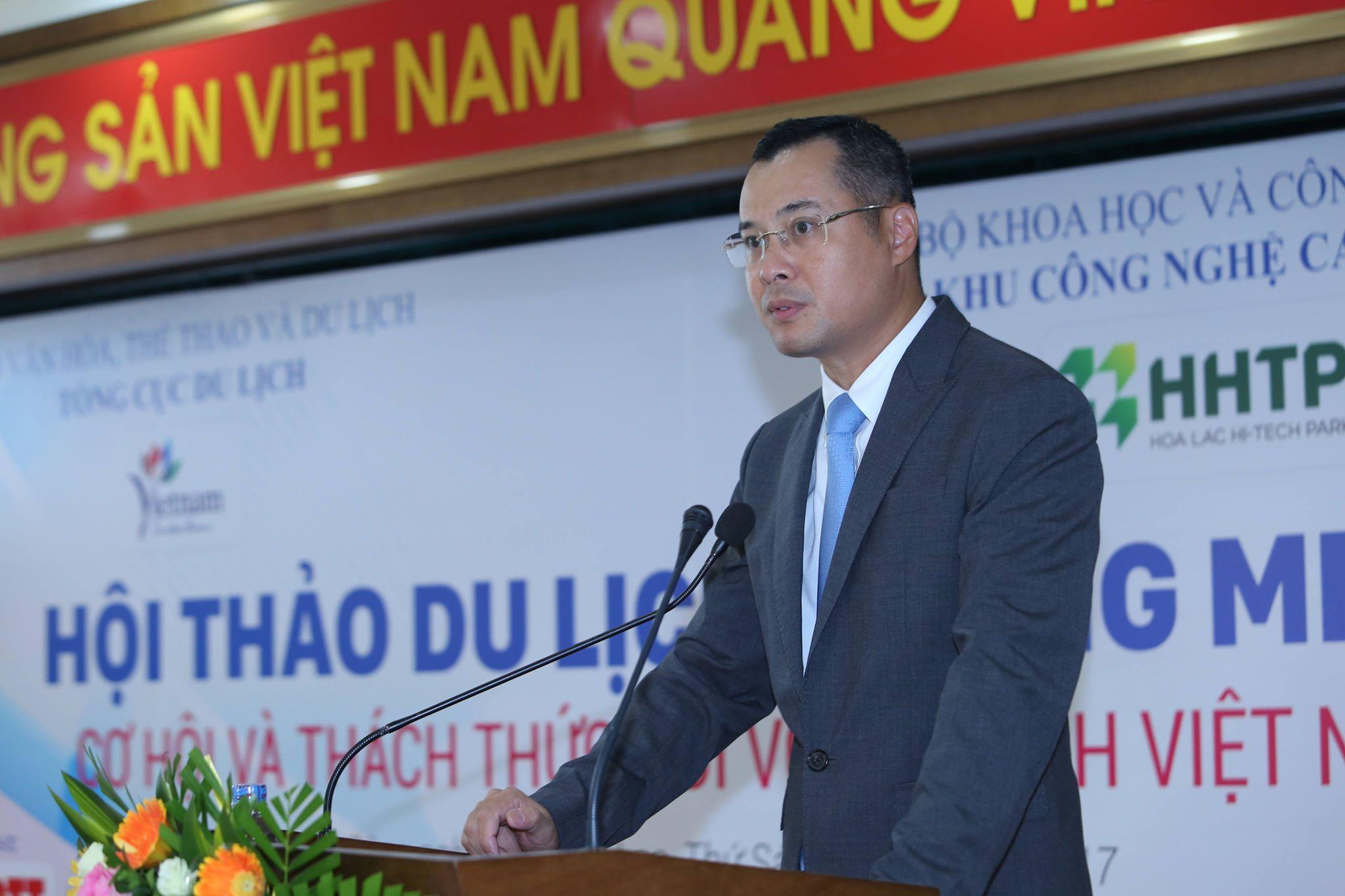 Tổng cục trưởng Tổng cục Du lịch Nguyễn Văn Tuấn phát biểu tại hội thaỏ, nhấn mạnh coi ứng dụng CNTT là giải pháp đột phá để nâng cao năng lự cạnh tranh của du lịch Việt Nam. Ảnh: Loan Lê