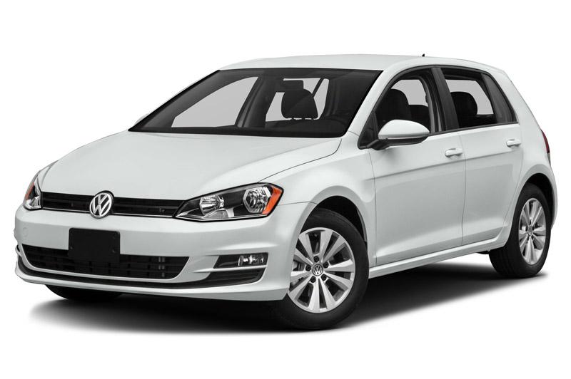 10. Volkswagen Golf 2017 (giá khởi điểm: 19.895 USD).