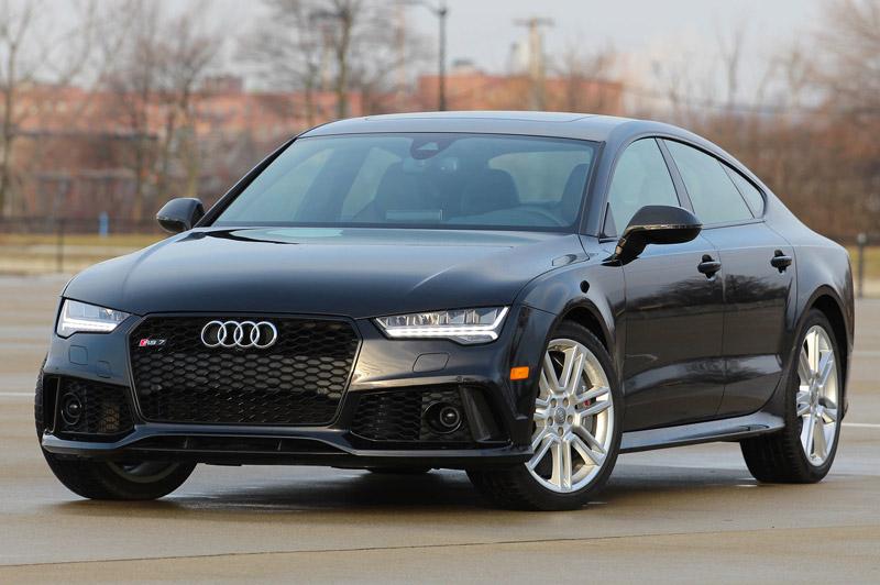 =3. Audi RS7 (thời gian tăng tốc từ 0-100 km/h: 3,6 giây).