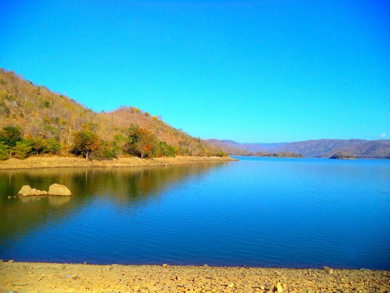 Từ lâu, hồ Sông Quao đã trở thành một thắng cảnh của riêng Phan Thiết và là niềm tự hào của người dân nơi đây. Ảnh: Annie Le.