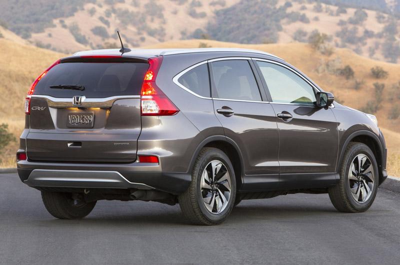 2. Honda CR-V (doanh số: 1.325 chiếc).