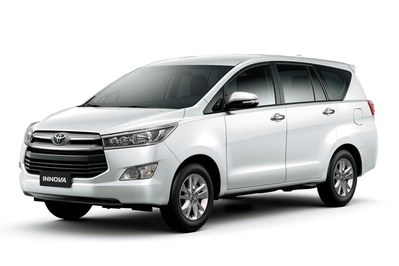 5. Toyota Innova (doanh số: 713 chiếc).