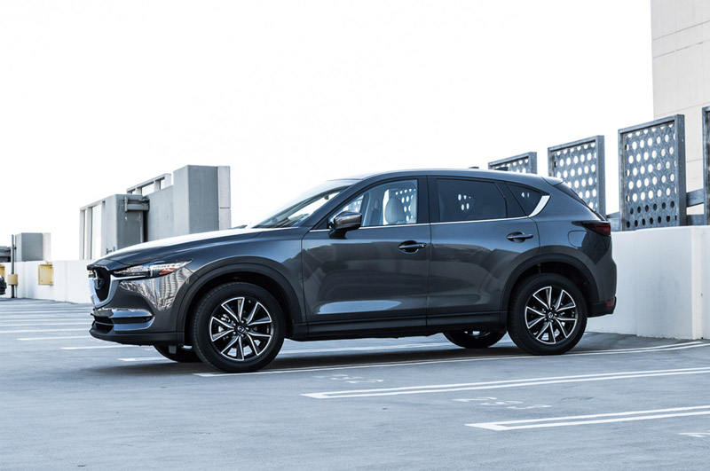 7. Mazda CX-5 (doanh số: 583 chiếc).