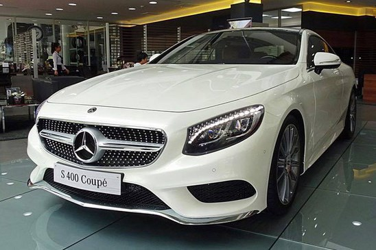 Cận cảnh Mercedes-Benz S400 Coupe hơn 6 tỷ tại Việt Nam. Mẫu xe sang Mercedes-Benz S400 4Matic Coupe đầu tiên có giá 6,099 tỷ đồng đã về đến Việt Nam thông qua một đại lí tại Sài Gòn. (CHI TIẾT)
