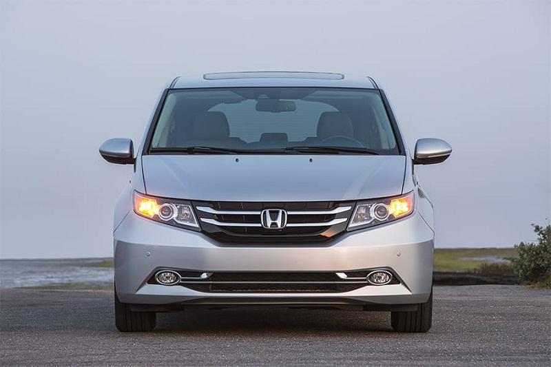 =5. Honda Odyssey (doanh số: 7 chiếc).