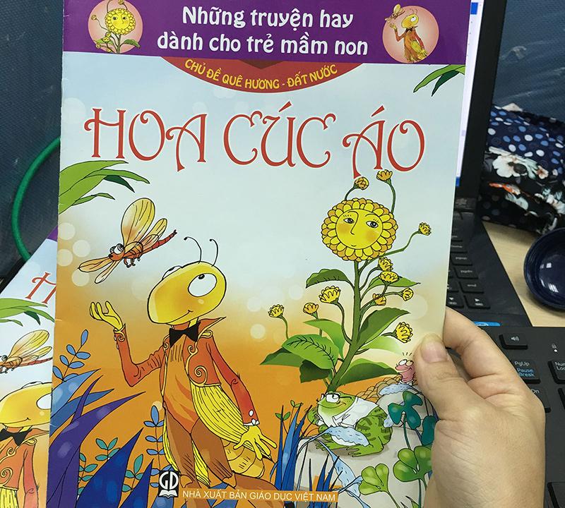 """Truyện """"Hoa cúc áo"""" do Nhà xuất bản Giáo dục Việt Nam ấn hành. Ảnh: Tuổi trẻ"""