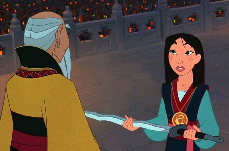 """9. Hoa Mộc Lan. Phim hoạt hình thứ 36 của hãng hoạt hình Walt Disney, công chiếu vào ngày 19/6/1998. Bộ phim nằm trong thời """"Phục hưng"""" của hãng, được dựng theo truyền thuyết dân gian Trung Quốc về nhân vật nữ tướng Hoa Mộc Lan."""