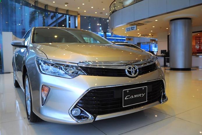 Những mẫu xe giảm giá sâu nhất đầu tháng 10/2017. Mitsubishi Pajero Sport, Toyota Camry và Chevrolet Trax là những mẫu xe đang dẫn đầu về mức giảm giá đầu tháng 10. (CHI TIẾT)