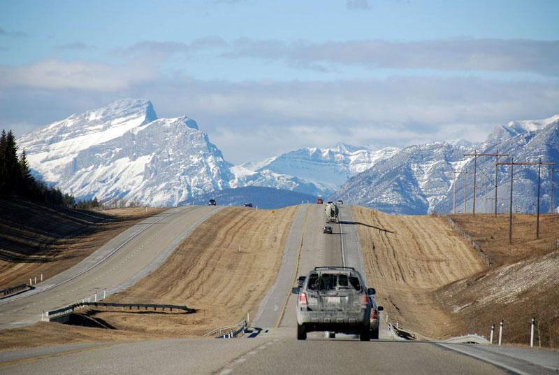 4. Đường cao tốc xuyên Canada (Canada). Tổng chiều dài: 8.000 km.