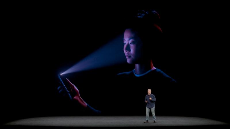 Cách mở khóa màn hình iPhone X