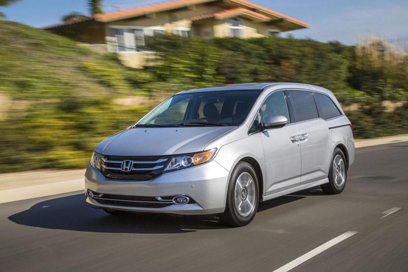 4. Honda Odyssey (doanh số: 74 chiếc).