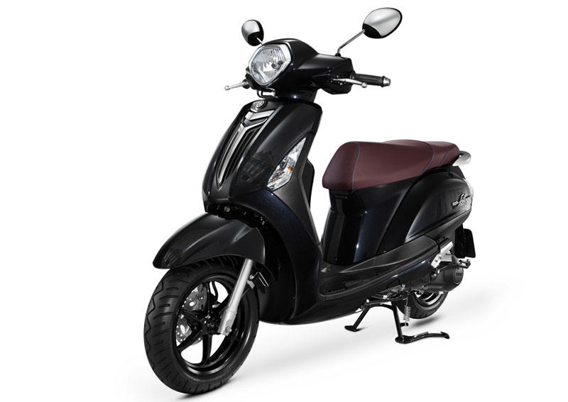 Yamaha đưa công nghệ cao cấp vào dòng xe ga tầm trung. Để tăng khả năng cạnh tranh trên thị trường, ngoài thiết kế ấn tượng, Yamaha còn nâng cấp động cơ để vừa tiết kiệm nhiên liệu, vừa đảm bảo an toàn. (CHI TIẾT)