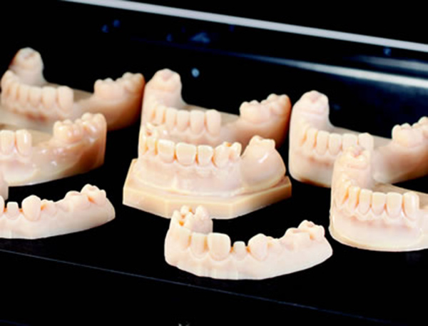 Một số mẫu răng được in 3D. Ảnh: Javelin Technologies
