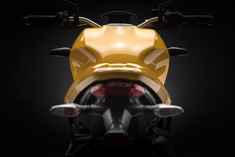 Ducati Monster 821 2018 - 11