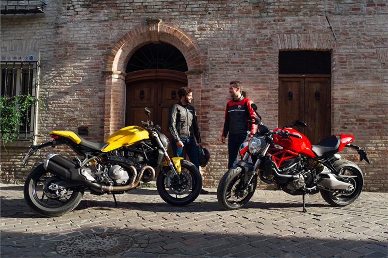 Ducati Monster 821 có 3 chế độ lái gồm thể thao, đường trường và đô thị.