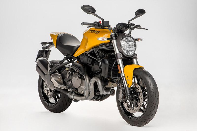 Chi tiết Ducati Monster 821 2018 vừa trình làng. Ducati Monster 821 2018 vừa được ra mắt nhân dịp kỷ niệm 25 năm của dòng xe Monster 900. Mẫu naked bike này được trang bị động cơ Testastretta 2 xi lanh với dung tích 821cc. (CHI TIẾT)