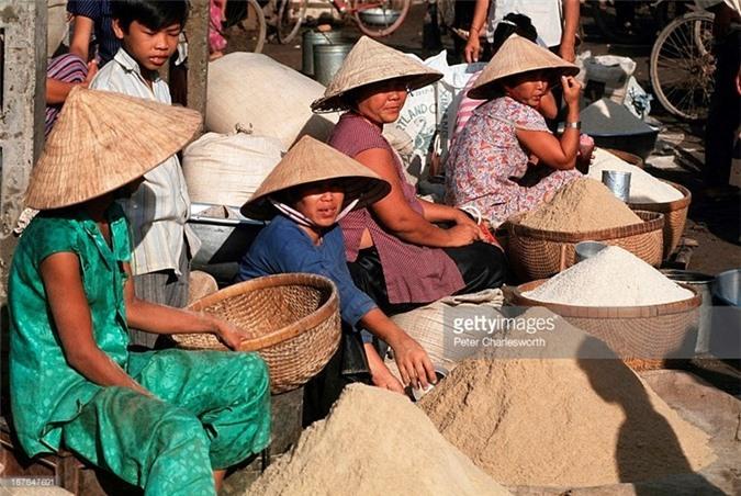 Hinh anh de doi ve phu nu Viet Nam thap nien 1990 (1)-Hinh-10