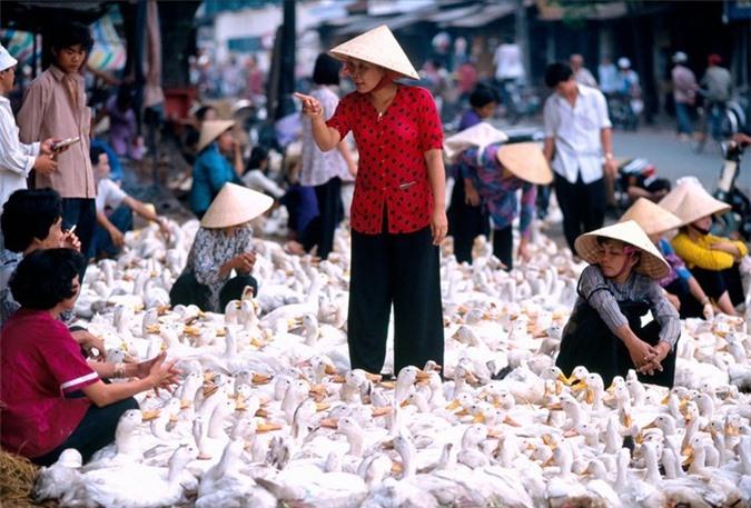 Hinh anh de doi ve phu nu Viet Nam thap nien 1990 (1)-Hinh-5