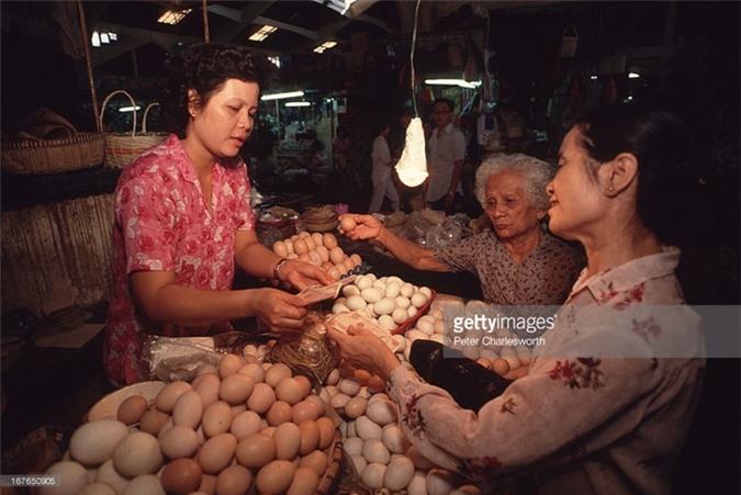 Hinh anh de doi ve phu nu Viet Nam thap nien 1990 (1)-Hinh-7
