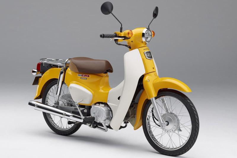 Honda Super Cub 2018 ra mắt với giá từ 46,17 triệu đồng. Nhân dịp cán mốc 100 triệu chiếc, Honda đã ra mắt Super Cub 2018 tại thị trường Nhật Bản với giá khởi điểm 232.200 Yen (tương đương 46,17 triệu đồng). (CHI TIẾT)