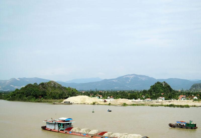 Sông nằm trong hệ thống sông Thái Bình. Ảnh: Lanhlungboss.