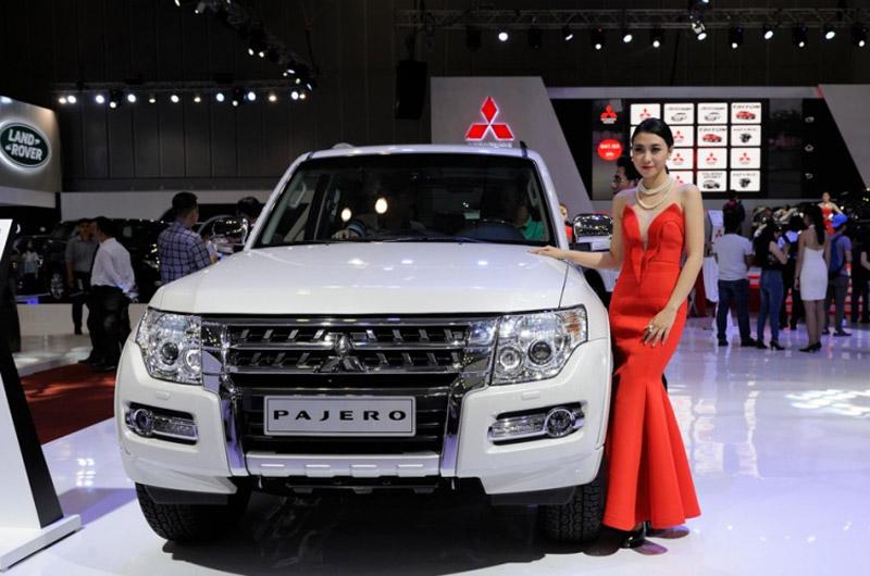 Hàng nghìn xe Mitsubishi tại Việt Nam phải triệu hồi do lỗi túi khí. Sẽ có 2.519 chiếc Mitsubishi Pajero tại Việt Nam được triệu hồi để khắc phục lỗi ở hệ thống túi khí. (CHI TIẾT)