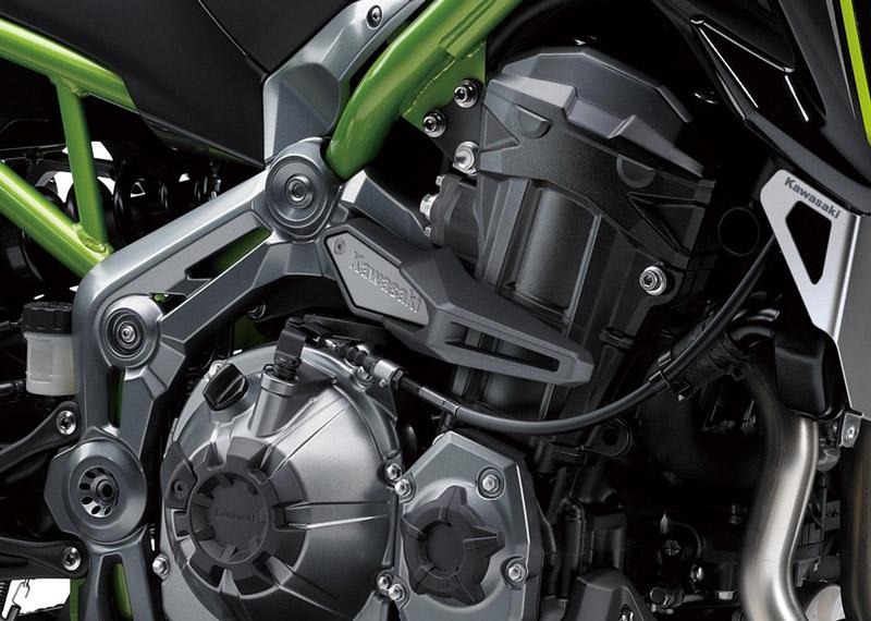 Kawasaki Z900 2018 - 6