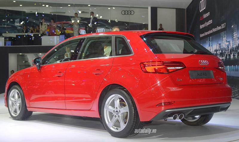 Ngắm Audi A3 Sportback 2017 giá 1,55 tỷ vừa ra mắt tại Việt Nam. Mẫu xe 5 cửa A3 Sportback 2017 vừa chính thức được Audi Việt Nam giới thiệu ra thị trường trong khuôn khổ Vietnam international 2017. (CHI TIẾT)