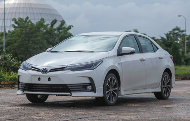 Toyota Corolla Altis 2017.