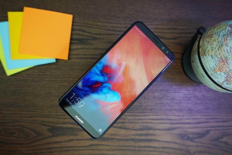 Tháng 10 chào đón sự ra mắt của Huawei Nova 2i.