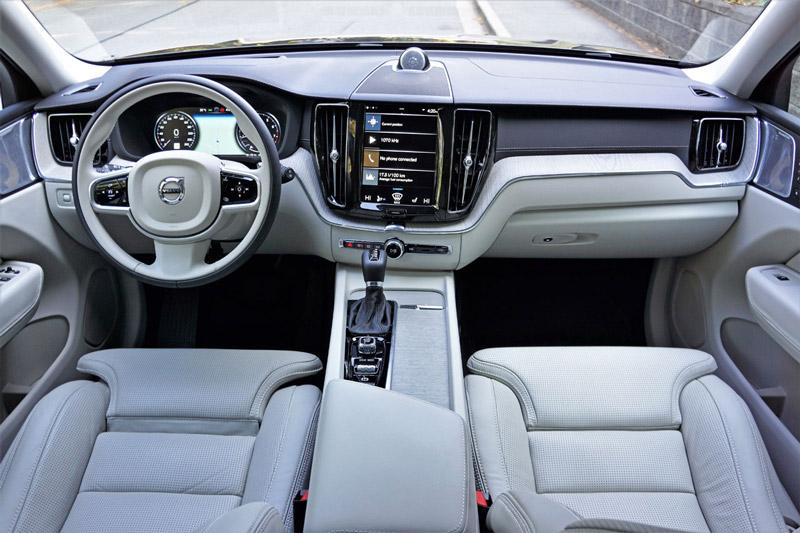 Volvo XC60 2018 - 3