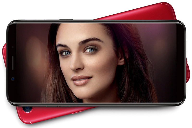 Sức mạnh phần cứng của Oppo F5 đến từ vi xử lý MediaTek 6763T lõi 8 với xung nhịp tối đa 2,3 GHz, GPU Mali-G71 MP2. Phiên bản màu vàng và đen sở hữu RAM 4 GB/ROM 32 GB. Trong khi đó, bản màu đỏ có RAM 6 GB/ROM 64 GB. Cả 2 đều có khay cắm thẻ microSD với dung lượng tối đa 256 GB. Hệ điều hành Android 7.1.1 Nougat, được tuỳ biến trên giao diện ColorOS 3.2.