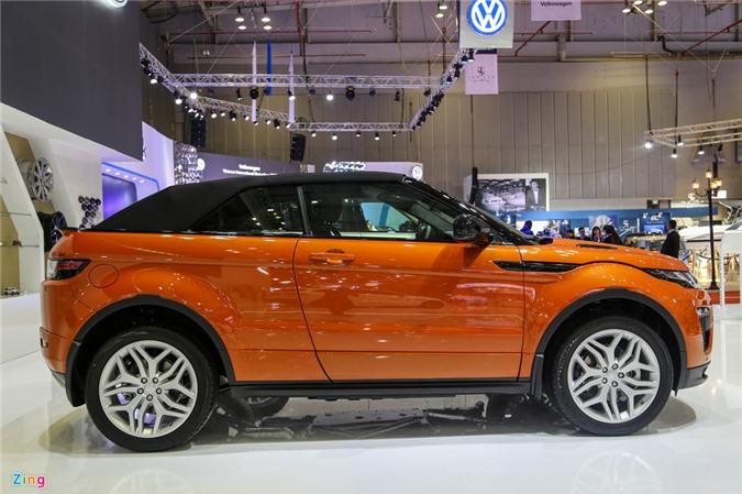 Hình ảnh Range Rover Evoque mui trần giá từ 3,5 tỷ đồng tại Việt Nam. Range Rover Evoque Convertible gây chú ý tại triển lãm VIMS 2017 với kiểu dáng lạ mắt, giá bán từ 3,5 tỷ đồng. (CHI TIẾT)