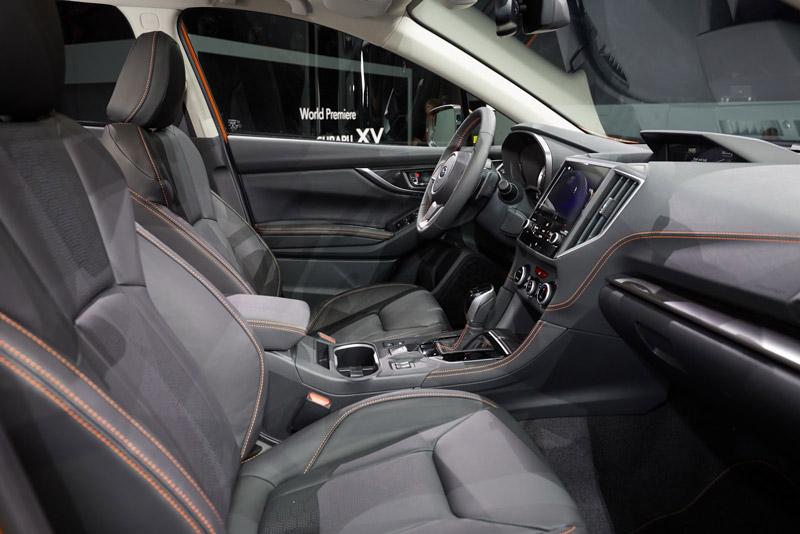 Nội thất của Subaru XV 2018 được thiết kế lại nên nó đem tới cảm giác rộng rãi và thoải mái hơn so với thế hệ trước.