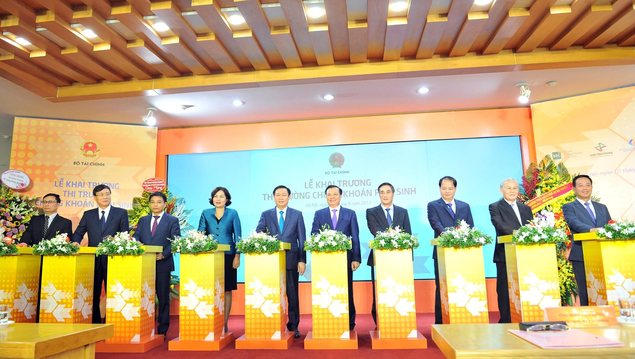 VietinBank đóng góp quan trọng vào thành công trong khai mở thị trường CKPS tại Việt Nam.