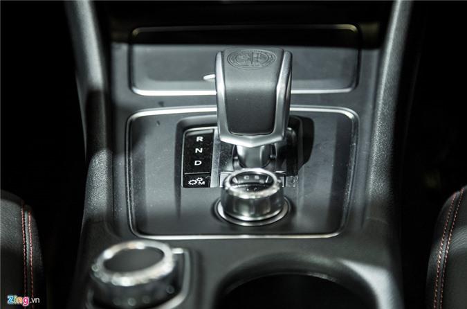 Chi tiet Mercedes GLA 45 AMG gia 2,4 ty vua ra mat tai VN hinh anh 12