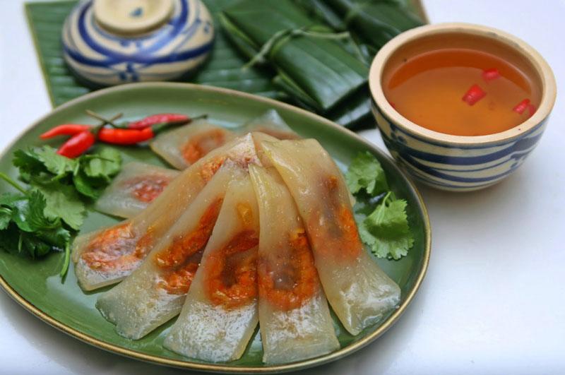 Cách làm bánh bột lọc gói lá chuối ngon như người Huế. Bánh bột lọc là thức ăn vặt quen thuộc của người Việt Nam. Tuy nhiên, ngon nhất phải kể đến bánh bột lọc gói lá chuối của người Huế. (CHI TIẾT)