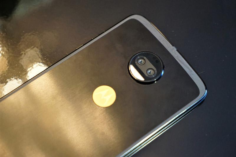 Motorola Moto Z 2018 Kingsman VIP Special Edition - 11