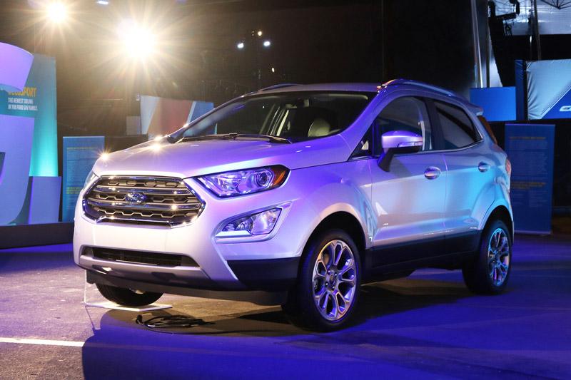 Ford Ecosport 2018 có giá bán cao ngất ngưởng 30.555 USD. Mẫu crossover cỡ nhỏ Ford Ecosport thế hệ mới sẽ có giá bán lên tới 30.555 USD (khoảng 693,44 triệu đồng) tại Mỹ. (CHI TIẾT)