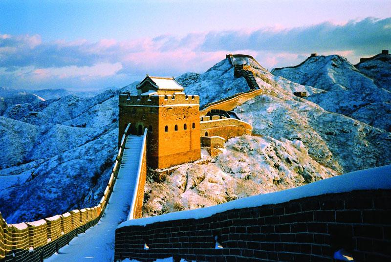 9. Trung Quốc. Đây là đất nước nằm ở khu vực Đông Á. Là một trong những nền văn minh cổ nhất thế giới, Trung Quốc có nền văn hóa đa dạng, nhiều màu sắc. Hơn thế nữa, quốc gia này còn được thiên nhiên ưu đãi cho nhiều cảnh quan thiên nhiên đẹp.