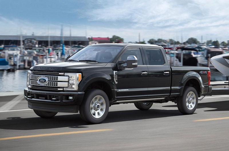 Top 10 xe bán tải đắt nhất thế giới. Trang The Drive vừa công bố danh sách 10 xe bán tải đắt giá nhất thế giới hiện nay. Dẫn đầu là Ford F-450 Super Duty Limited 2017 giá 100.000 USD. (CHI TIẾT)