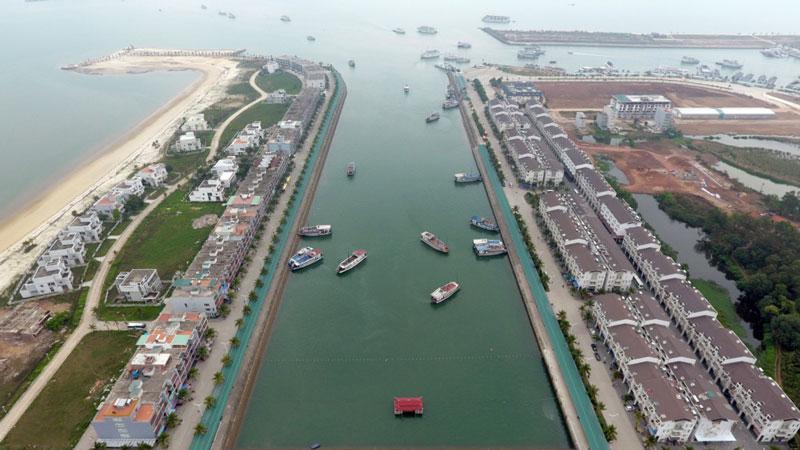 Bên cạnh đó, cảng còn nổi tiếng về vấn đề an ninh, trật tự. Ảnh: Zing.