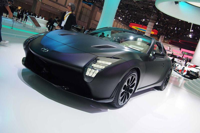 Hiện tại, Toyota chưa hé lộ chi tiết về động cơ của GR HV Sports Concept. Được biết, mẫu coupe thể thao này sử dụng động cơ 4 xi lanh và động cơ điện.